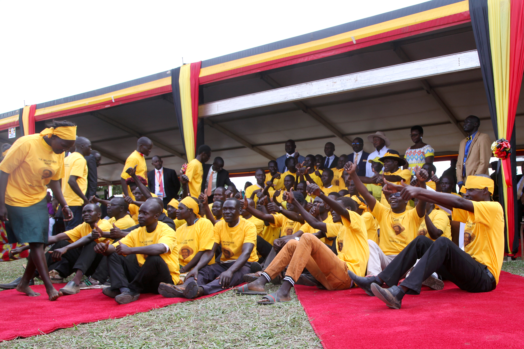 H.E President Yoweri Museveni pose for a photo with NRM Mobilisers in Agago district during the International day celebration 1st May 2019