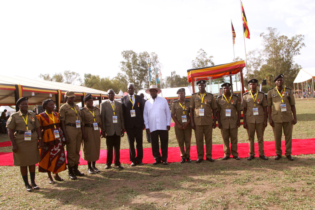 H.E President Yoweri K. Museveni in a photo mood with Acholi Royal dancers of Agago district during the celebration of the International labor day 1st may 2019