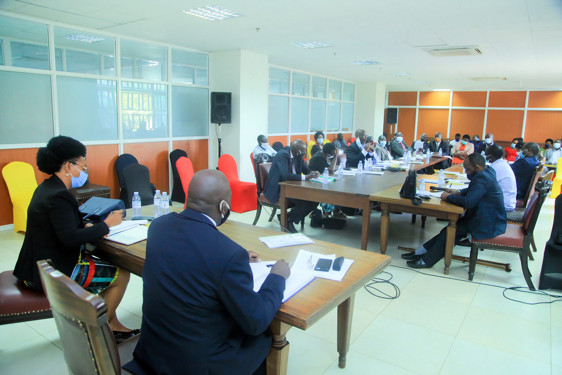 Permanenet Secretary Catherine Bitarakwate Musingwiire chaired the Inter-ministerial (MDAs) meeting